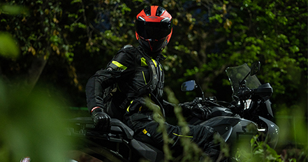 3bf188ee Steelbird Helmets - Online bike accessories | helmets